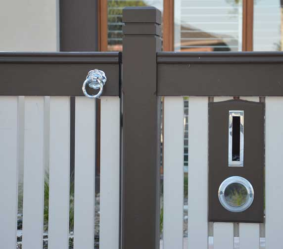 ring latch lock in chrome in a gate