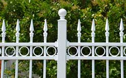 fence with brackets