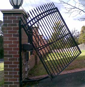 rising hinges fitted to a gate incorrtly