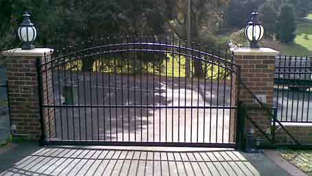Sliding Gate Picture Library