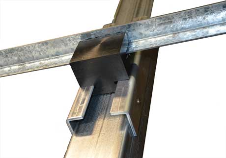 Sliding block rails attached to post